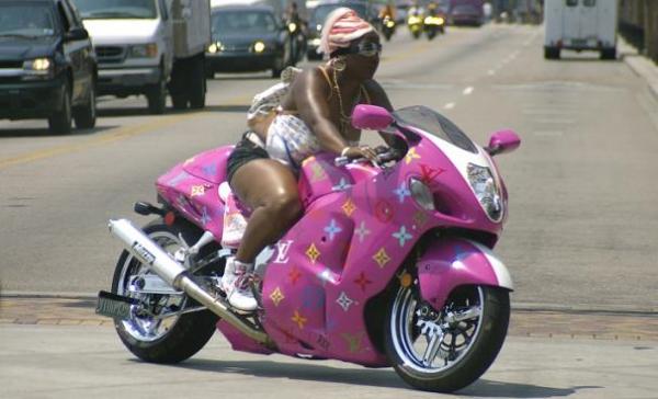 pink bike lady 4 125er motorrad bilder galerie. Black Bedroom Furniture Sets. Home Design Ideas